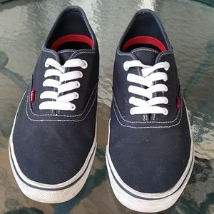 Levi's Sneakers like new 11
